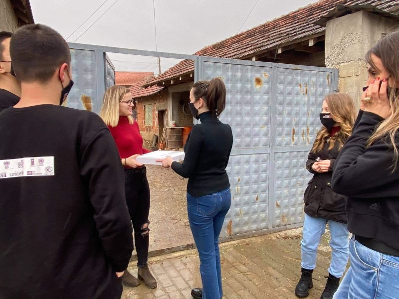 The Team Of Learn My Language - Kaya's Art Went To Vrbovac To Deliver Packages For The Students Of Their Courses