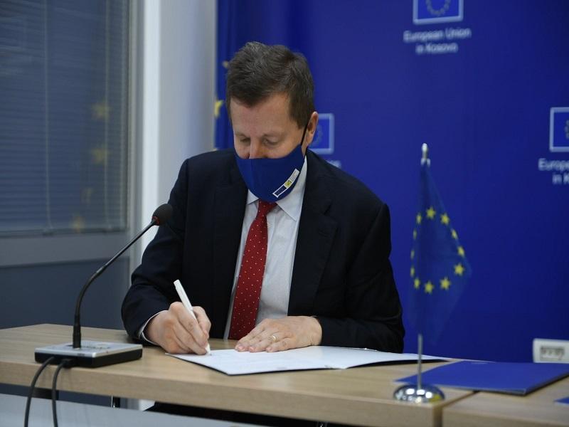 Ambassador Sunjog Signed 3 Projects