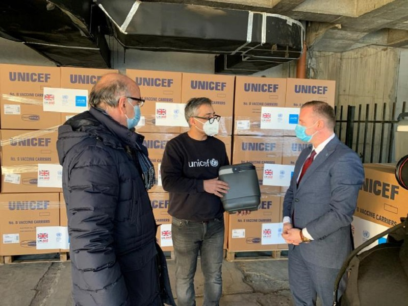 UNICEF Delivers 1,344 Vaccine Carriers