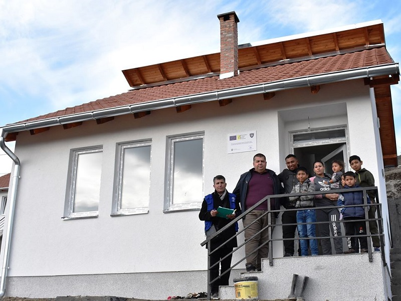 Twelve Houses Handed-Over to its Beneficiaries by the EU-Return and Reintegration in Kosovo Phase V Project